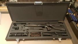 King & More  Flight case voor Blaser R8 met wissellopen en 2 richtkijkers