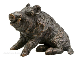 Bronzen beeld Sauer: Keiler zittend