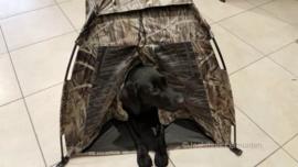 Camouflagehut voor de hond