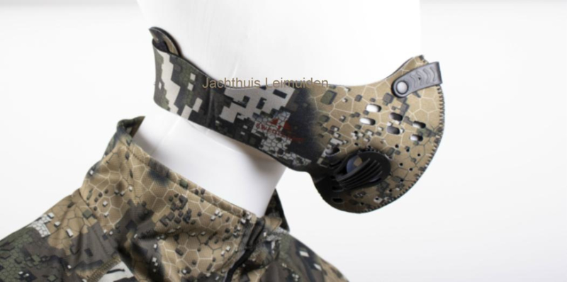 Swedteam Neoprene gezichtsmasker / mondmasker in het Desolve VEIL patroon