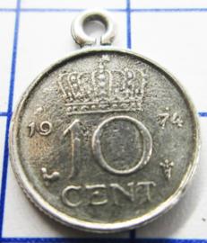 MHB031 5 stuks bedel dubbeltje verzilverd met hangoogje jaartal 1974