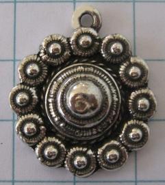 Platte Zeeuwse knop ruim 2 cm zonder rand, eenoog ZB042