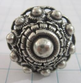 Heel grote ring Zeeuwse knop ZKR306