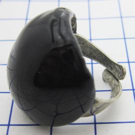 RIN405 zwarte ring verzilverd, een maat , geheel bedekt met zwarte emaille