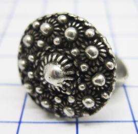 ZKR326 zeeuwse knopjes met veel bolletjes ring verzilverd