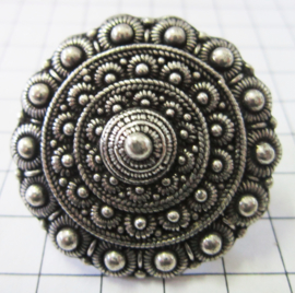 ZKR319 zeer grote Zeeuwse knop ring meerdere bolletjesranden