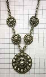 ZKC701 Zeeuwse knop collier