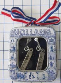 OOR 138 oorbellen tekst Holland