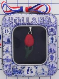 HAN 116 ketting met rood geemailleerd tulpje
