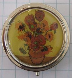 PIL 206 Pillendoosje met zonnebloemen van Vincent van Gogh