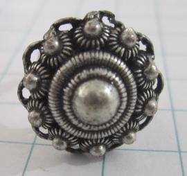 ring Zeeuwse knop met kleine zeeuwse bolletjes rand ZKR304