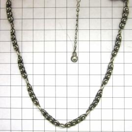 ZKC709 fijn zeeuwse knopjes collier zwaar verzilverd