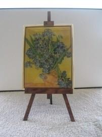 SCH033 schildersezel 22 cm hoog Vincent van Gogh, vaas irissen