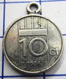 MHB041 5 stuks bedel dubbeltje verzilverd met hangoogje jaartal 1986