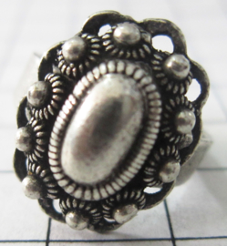 Ovale Zeeuwse knop ring fijn ZKR310