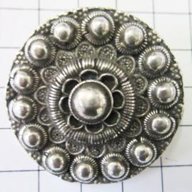 ZKG419Zeeuwse knop 4 cm met 2 lusjes achterkant