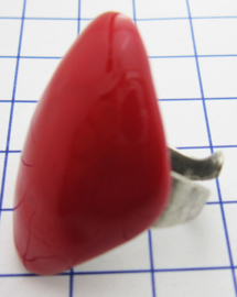 RIN400 ring verzilverd, een maat , geheel bedekt met rode emaille