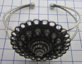 buig armband  zeeuwse grote knop oogjesrand ZKA509