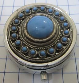 ZKG437-MC1 pillendoosje zeeuwse knop grote bol midden verzilverd, met blauwe emaille