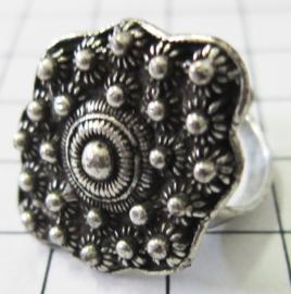 ZKR308 zeeuwse knopjes ruit ring