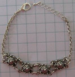 ZKA 501 armband 4 zeeuwse knoopjes