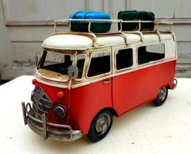 Model Bus rood