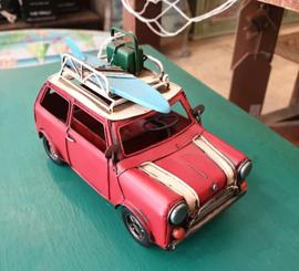 Auto rood met fotolijst