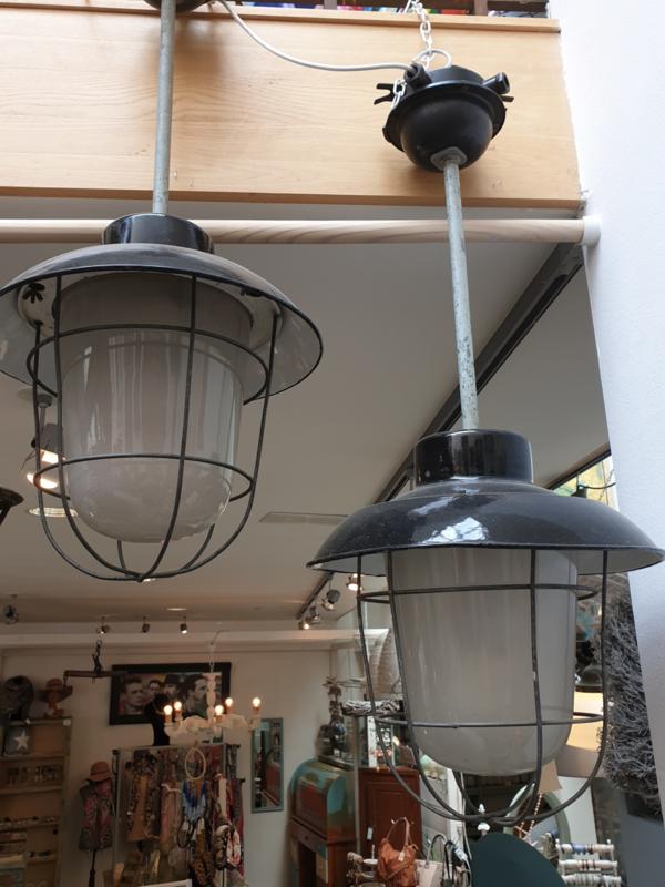 Industrieële Kooi lamp