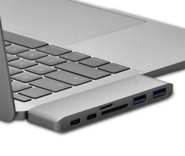 USB-C USB C adapter hub macbok pro air 2.0 3.0 MicroSD *6 poorten*