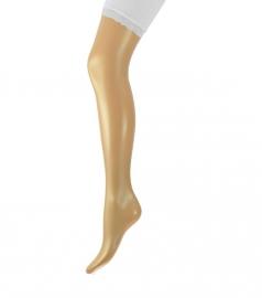 Short /broekje met kanten randje wit en marine