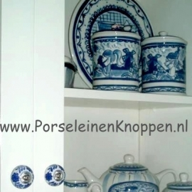 Klantfoto Kast met Delftsblauwe kastknoppen van Nienke