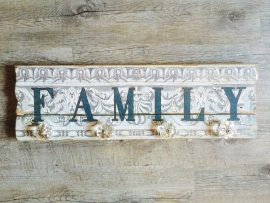 """2006 Kleiderhaken mit dem Text  """"Familie"""""""