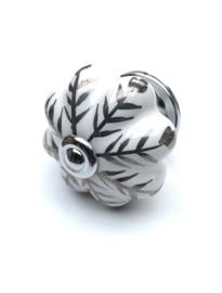 136 (PB) Möbelknopf Porzellanknauf Weiß mit Silber