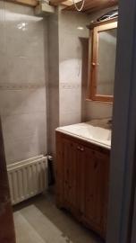 Badkamer met brocante deurknopje van Karin