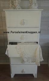 Klantfoto Schattig brocant kastje met kadetrekkers van Jolanda