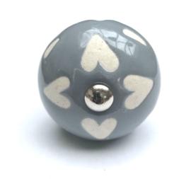 186 Möbelknopf Porzellanknopf Grau mit Herzen