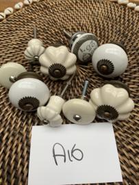 Pakket kastknoppen antiek beslag