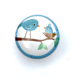 Retro kastknopje vogelnest