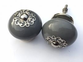 Kastknop grijs met prachtig afgewerkt kroontje
