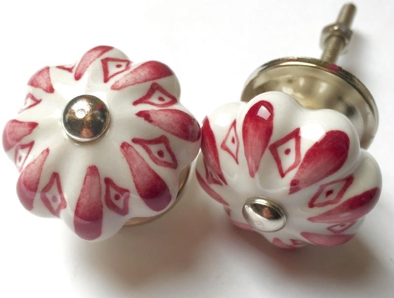 Oud Roze Kastknopje Met Wit Kleine Kastknopjes En Kleine