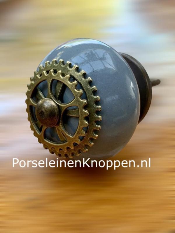 Industriële kastknop, Industriële kastknop met FabrieksLook hand made
