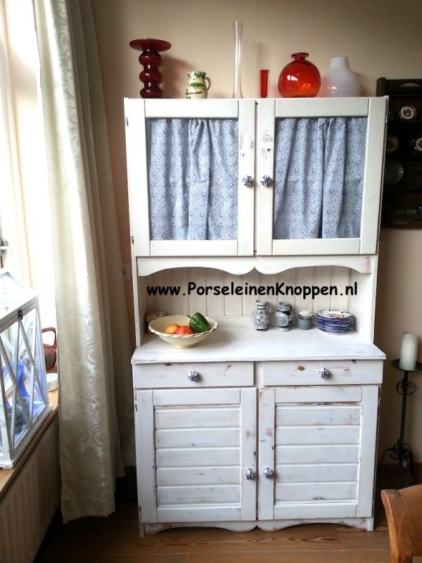 Klantfoto Renske`s Buffetkast met Porseleinen kastknop