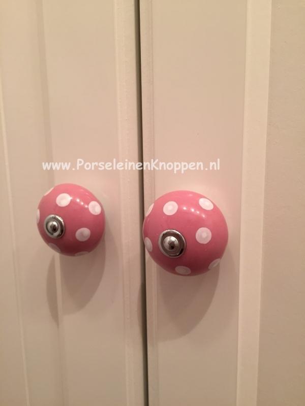 Ikea Kast Met Roze Polka Kastknoppen Fotos Van Klanten