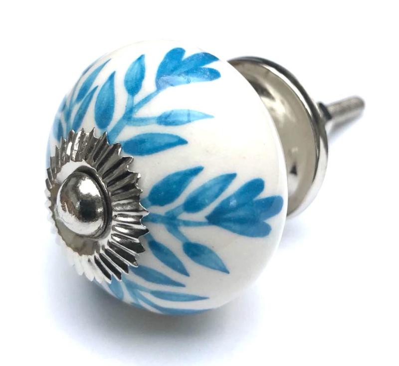 Kastknop wit met blauwe accenten