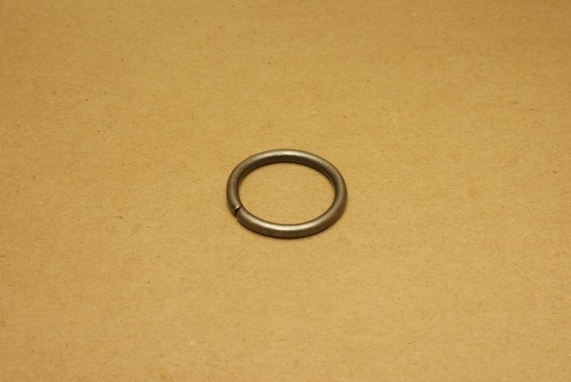 Ring ongelast oud nikkel 30 mm
