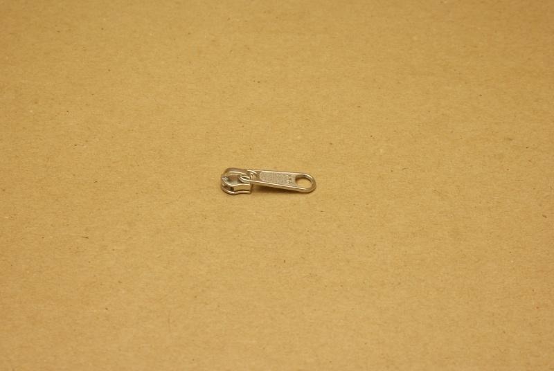 Trekker YKK nikkel voor rits 3mm