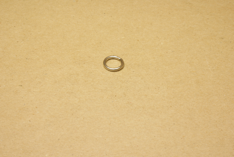 Ring ongelast nikkel 10 mm