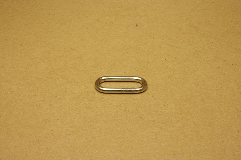 Ring ovaal ongelast 30mm nikkel