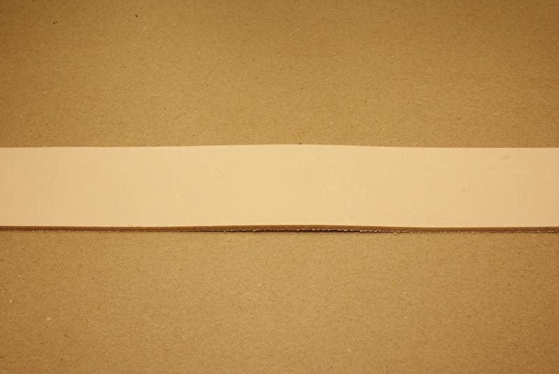 Strook tuigleer 120cm, breedte 2,5cm
