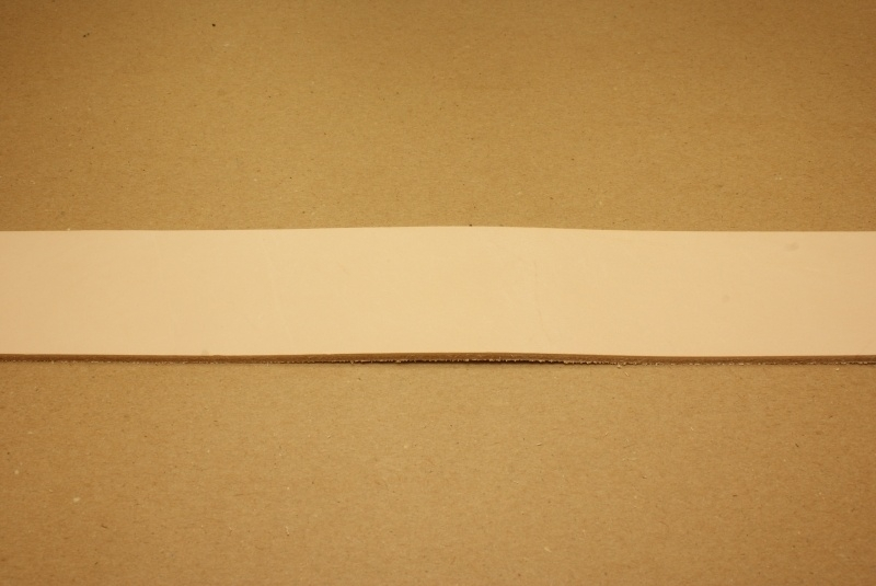 Strook tuigleer 120cm, breedte 1,5cm